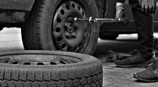 сервиз за гуми